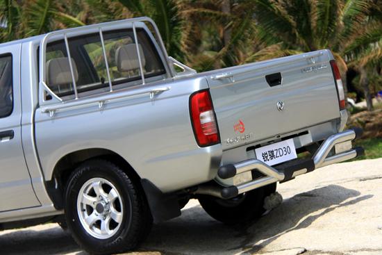 http://img4.bitautoimg.com/bitauto/2011/10/002954755.jpg